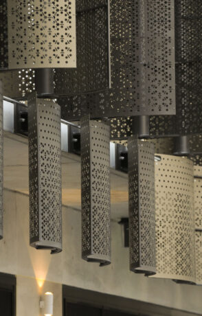 perforated metal screens 8