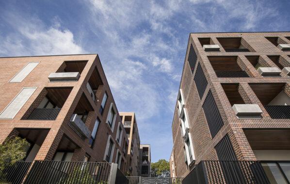 Bosco Apartments - Aluminium Louvres